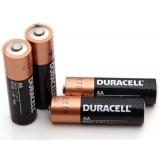 4 st AA Duracell alkaliska batterier